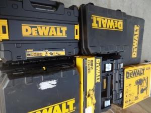 Профессиональные инструменты BLACK & DECKER, DE WALT от компании Stockist.it
