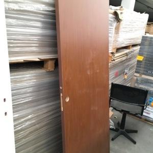 Двойные деревянные панельные модульные двери